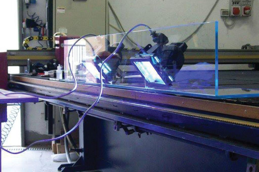 lampade fotopolimerizzanti per adesivi a padova e vicenza | istant